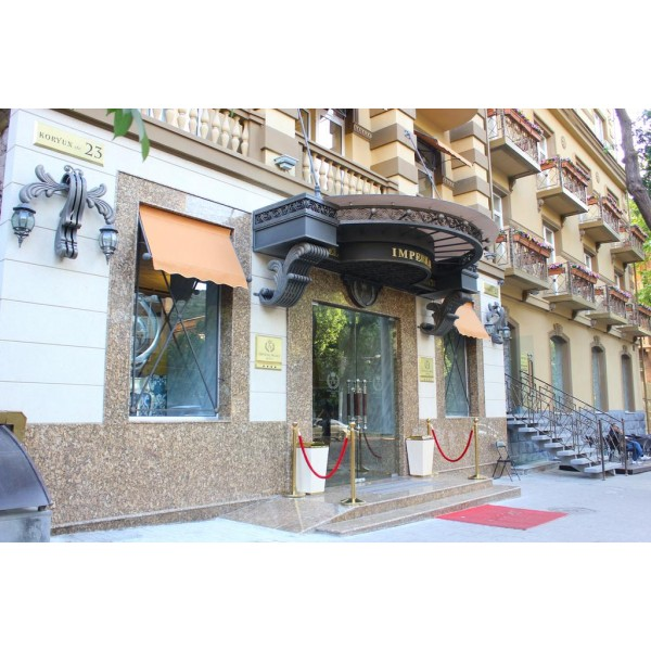 *4 IMPERIAL PALACE HOTEL YEREVAN